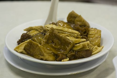 Braised Beancurd with Bamboos and Crispy Pork